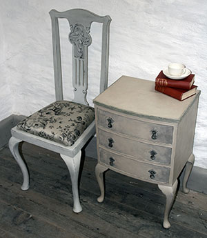 Pedran hand painted shabby chic  Bedside Table, Small Chest of Drawers